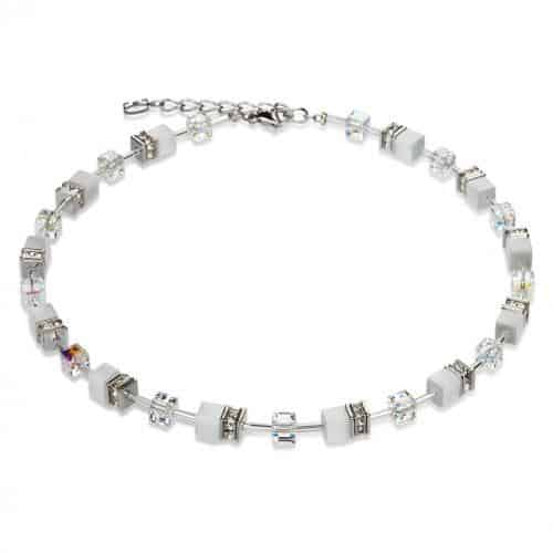 White necklace of little cubes with Swarovski crystal