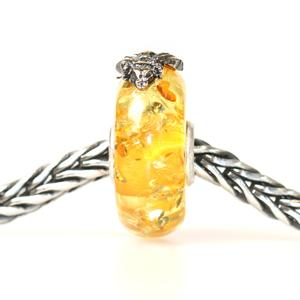 Wings of Amber Medium bead with silver fly